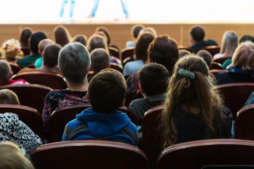 Wer darf an Mitgliederversammlungen teilnehmen?