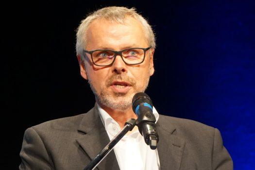 """Ein """"Leuchtturm im Wirrwarr"""": Interview mit Johannes Seiser"""